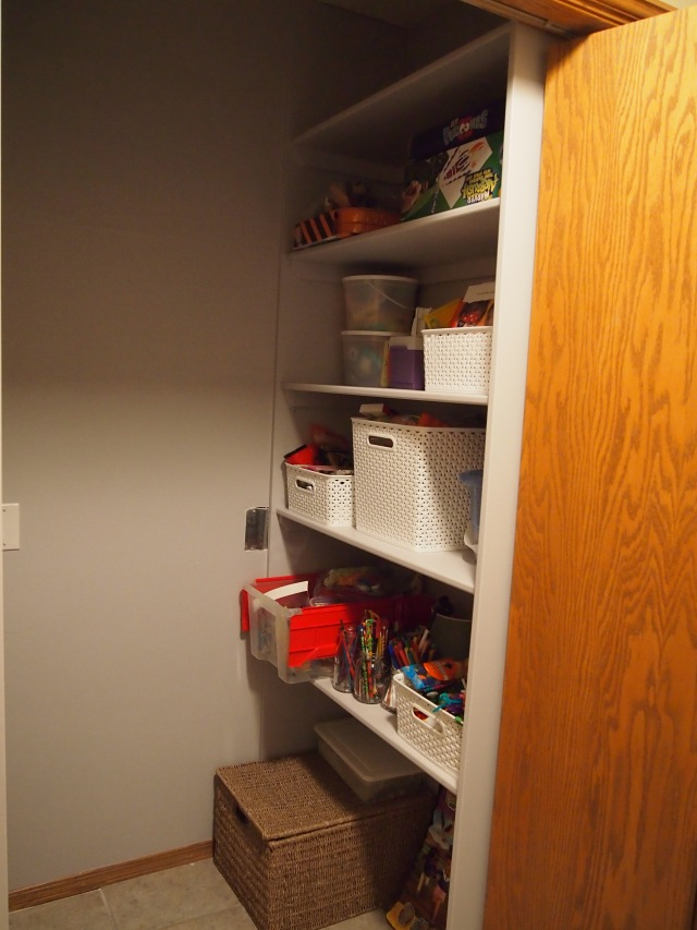 Side view of the closet